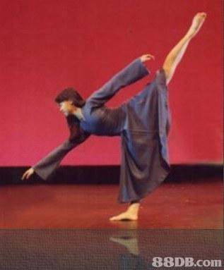 躍舞翩提供芭蕾舞表演,現代舞表演,爵士舞表演等服務