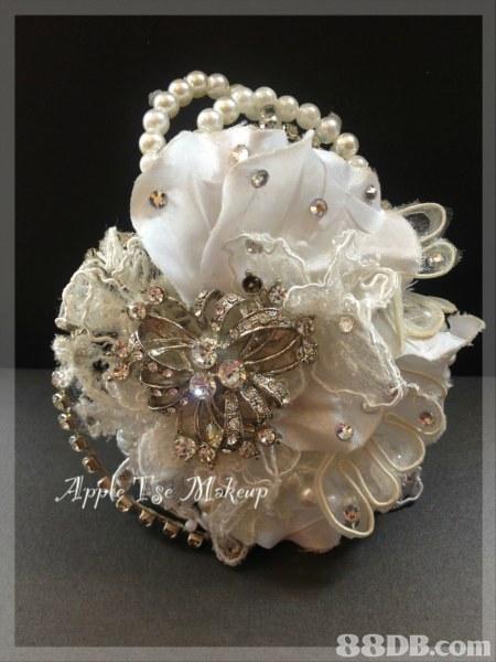 jewellery,flower,hair accessory,cut flowers,headpiece