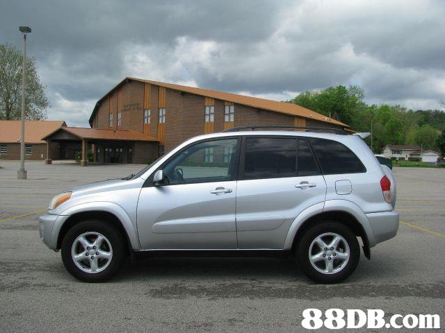 2002 toyota rav4 base 4wd buy sell and car. Black Bedroom Furniture Sets. Home Design Ideas