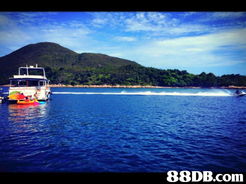 waterway,nature,water transportation,coastal and oceanic landforms,loch