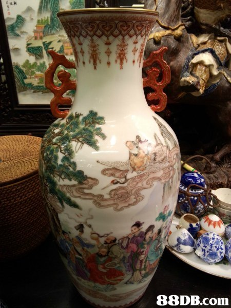 porcelain,vase,ceramic,artifact,pottery