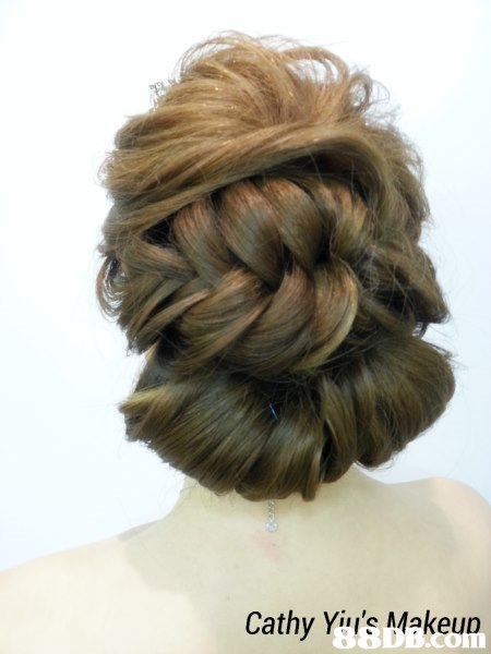 Cathy Yiui's Makeun,hair,hairstyle,french braid,bun,long hair