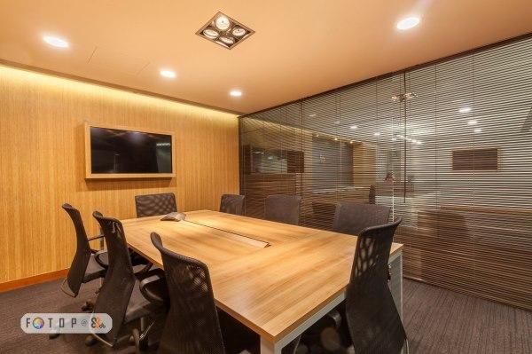 Serffices商務中心- 租OFFICE $3,740起,全新辦公室設備連茶水間,獨立電話專線及上網服務,3分鐘直達鐵路