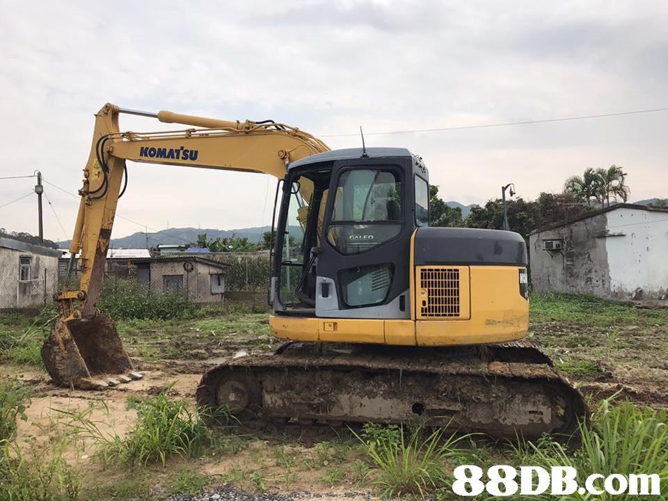 KOMATSU   bulldozer,mode of transport,vehicle,construction equipment,