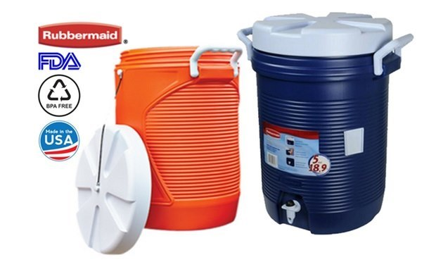 Rubbermaid FDA BPA FREE Hade in the USA  product,product,plastic,