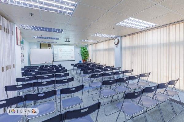 [特別優惠期!!] 特價租用場地課室,為各位節省成本!! 可容納 20-80人,適合教學課程、會議、講座、教室等用途,可供團體或私人租用!24小時租用服務,9559 3195(劉先生)
