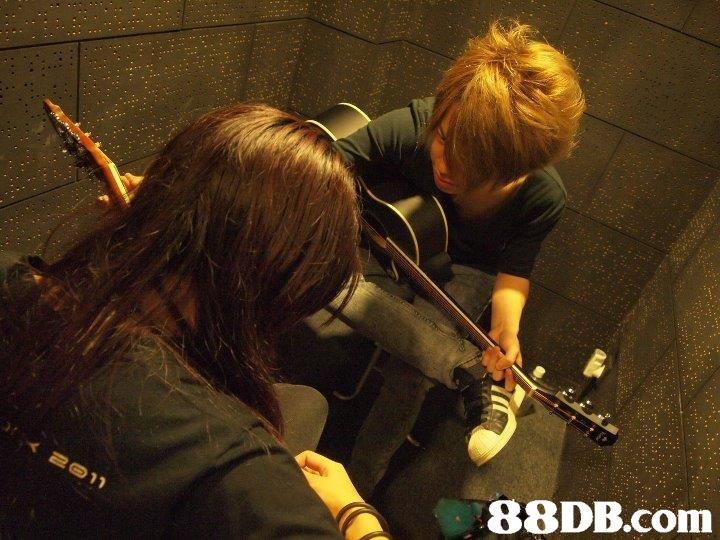 music,musician,guitarist,performance,singing