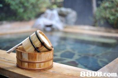 8 com,wood,