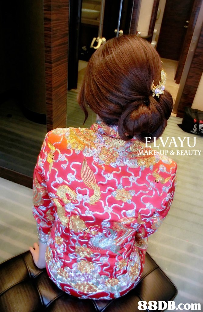It LVAYU IAKE UP & BEAUTY,hair,hairstyle,shoulder,hair coloring,product