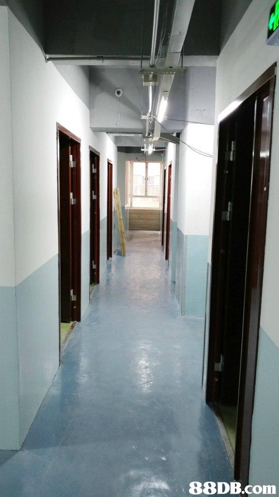 property,floor,flooring,lobby,ceiling