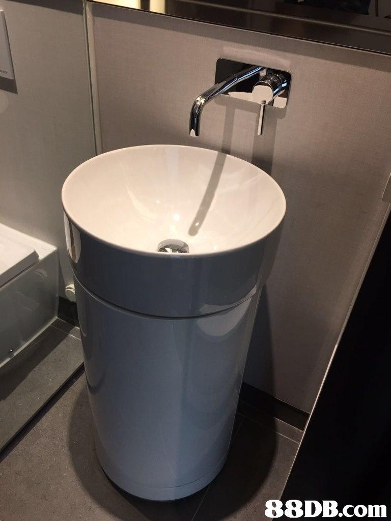 sink,plumbing fixture,toilet,toilet seat,