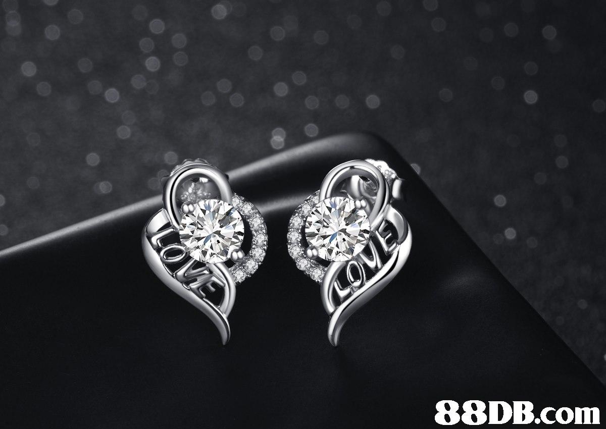 jewellery,fashion accessory,diamond,black and white,silver