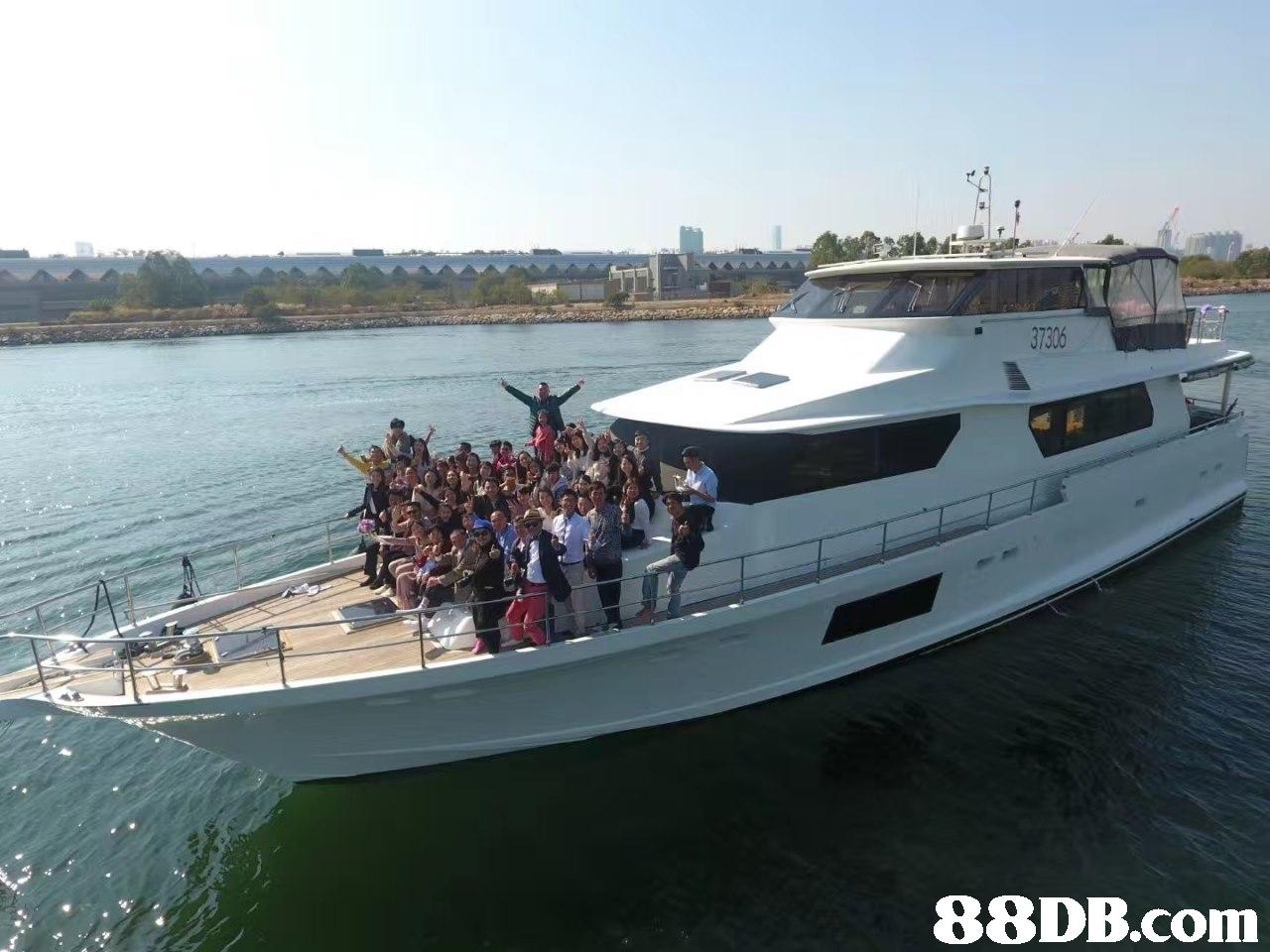 """ 37306   Vehicle,Water transportation,Boat,Yacht,Motor ship"
