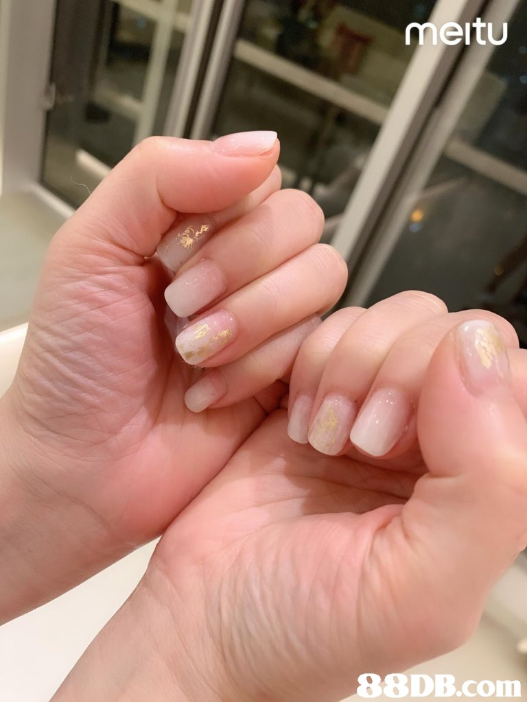 meitu,Nail,Finger,Cosmetics,Hand,Nail care